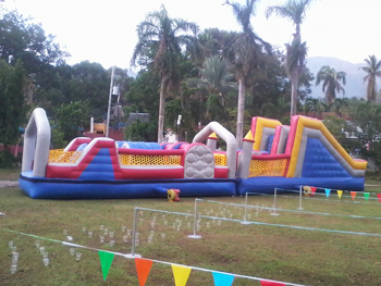 large obstacle course inflatable